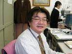 新井事務長.jpg
